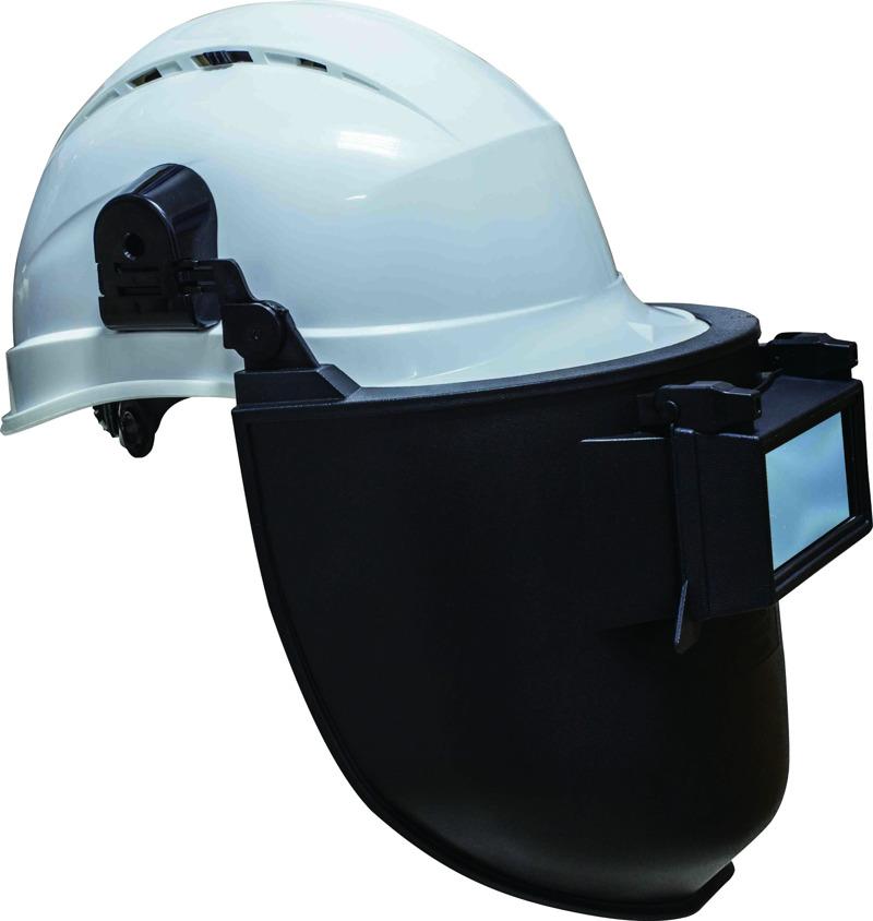 Casoud2he with helmet1